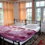 Double Bed Glassroom